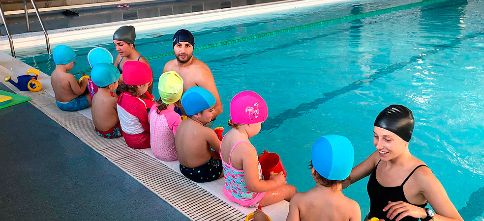 Extracurricular Swimming Pool Activity